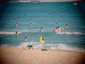 Surfing_32