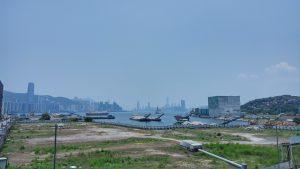 Вид на залив со стороны станции метро